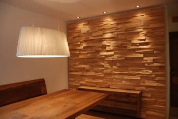 Panel drewniany ścienny w jadalni