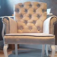 Szary fotel, krzesło tapicerowane - Cocodeco