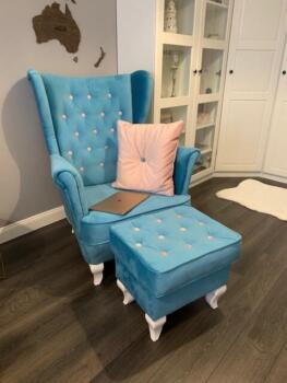 Fotel tapicerowany z podnóżkiem - Cocodeco Katowice